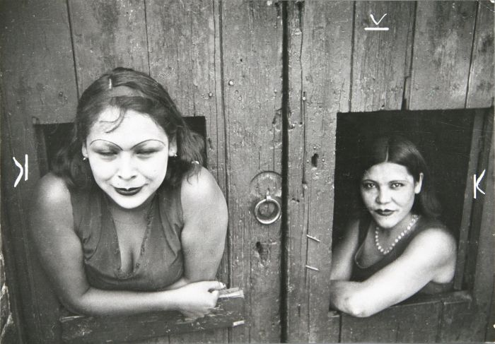 Henri Cartier-Bresson Calle Cuauhtemoctzin Mexiko - 100 JAHRE LEICA FOTOGRAFIE