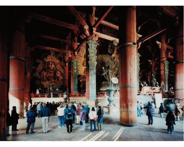 THOMAS STRUTH Todai-Ji Interior Nara