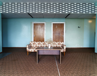 Digression:Walking through space- new photos/ Licht, Klang, Bewegung- Interaktive Objekte