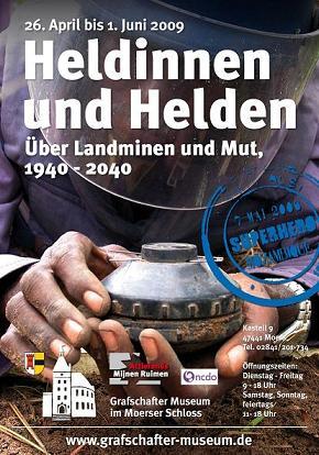 """Ausstellung """"Heldinnen und Helden. Über Landminen und Mut 1940-2040"""""""