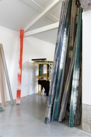 Wie kommt das Neue in die Welt? – Neun internationale Bildhauer in Berlin Ausstellung Berlin