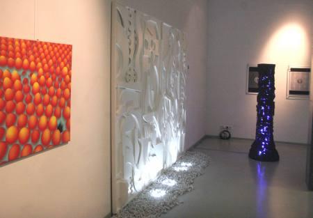 Doppelausstellung: Quanten-Loop & Makro-Mikro-Nano; Zahlen-Daten-Menschen