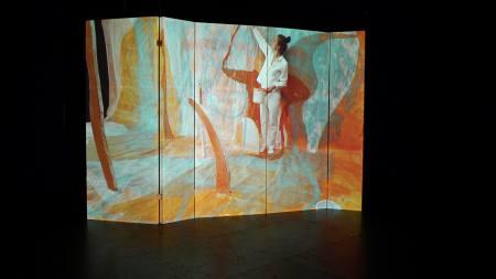 NKVextra / 5 Eimer Weiß – 3 Eimer Orange  Ausstellung Wiesbaden