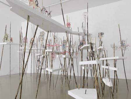 Nadja Schöllhammer. WANDLER Expandierende Raumzeichnungen Ausstellung Berlin