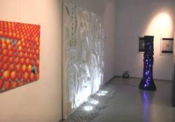 "Doppelausstellung: Quanten-Loop & ""Makro-Mikro-Nano""; ""Zahlen-Daten-Menschen""; ""Musik-Licht-Energie"""