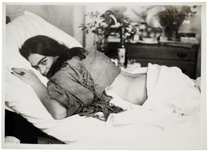 Frida Kahlo - 241 intime Fotografien + Einblicke der mexikanischen Künstlerin erleben