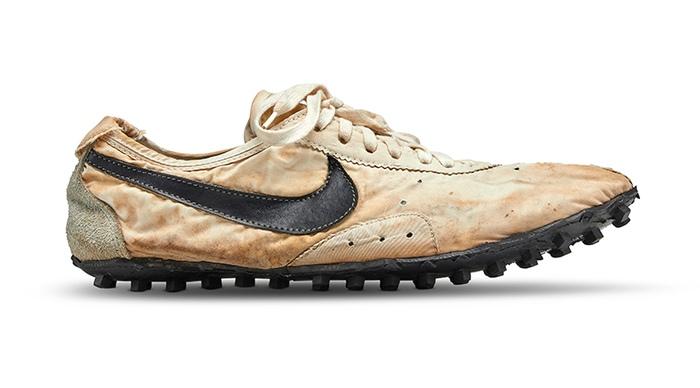 limitierte Sneaker - teuerster Nike Sneaker erzielt 437.500 Dollar