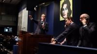 """Auktionsrekord: Andy Warhol Bild """"Silver Car Crash"""" für 105 Millionen Dollar versteigert"""
