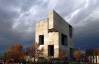 Alejandro Aravena erhält Pritzker-Preis 2016 für Architektur