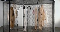 Emotional - Louise Bourgeois Zelle im Schinkel Pavillon
