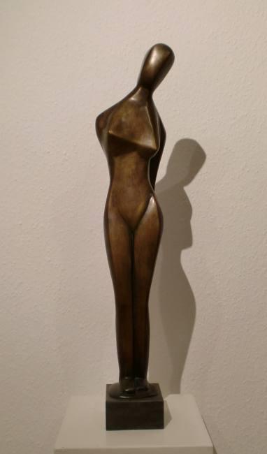 Marg Moll 1884 - 1977 Stehende